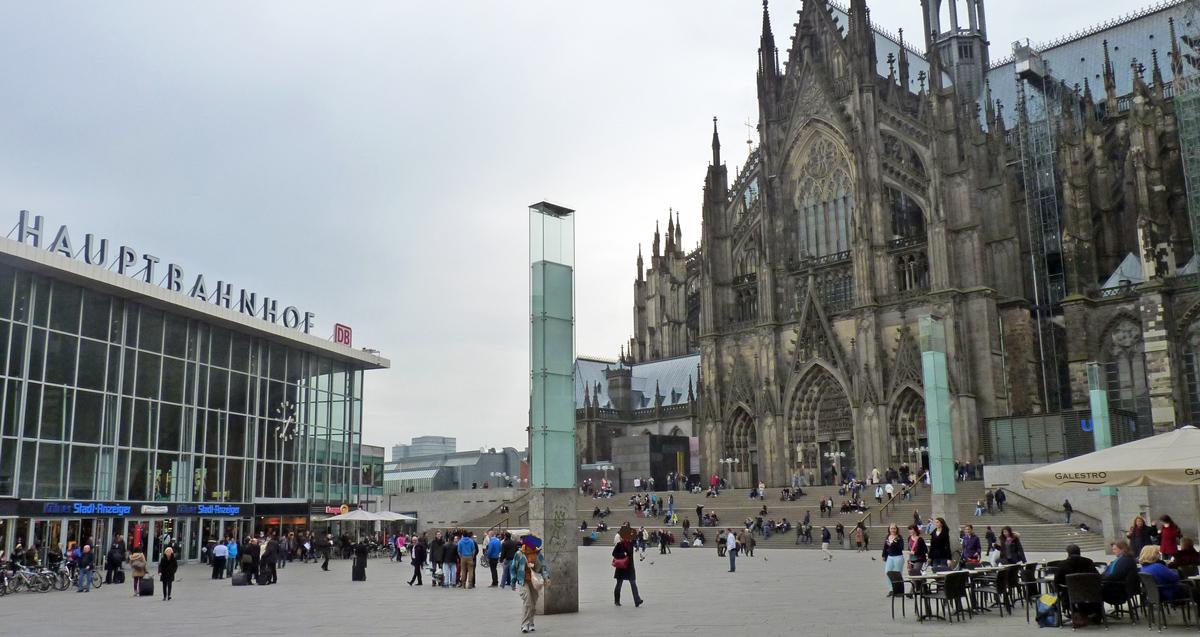 Rheinmetropole und alte r merstadt k ln k lner - Mobel und mehr koln ...